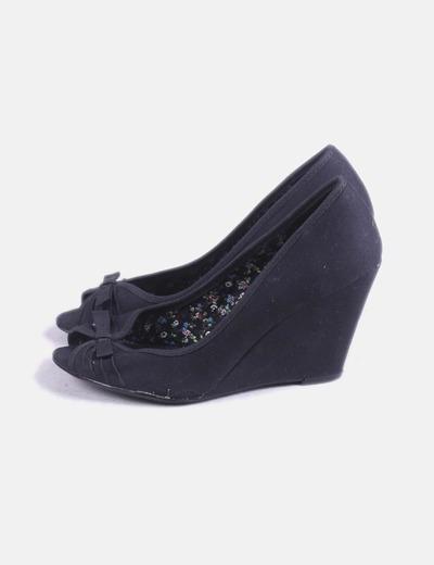 Zapato cuña negra