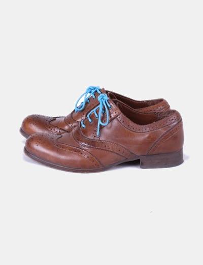 ec19eb47e8aa7 Massimo Dutti Zapato oxford marrón con cordones azules (descuento 78 ...