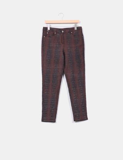 Pantalón marrón texturizado Oky´´S