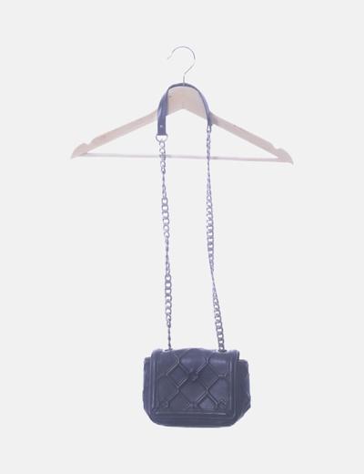 Bolso mini negro detalle cadenas