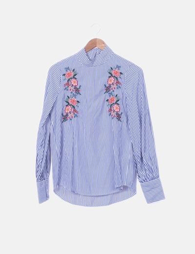 Camisa de rayas con bordados