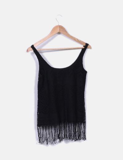 última venta completo en especificaciones elegir despacho Camiseta negra de tirantes con flecos