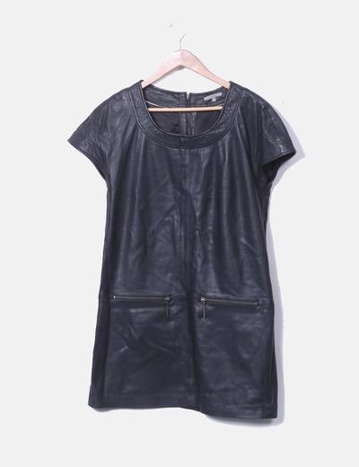 Vestido negro piel Uterqüe
