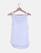 Camiseta blanca detalle bolsillo NoName