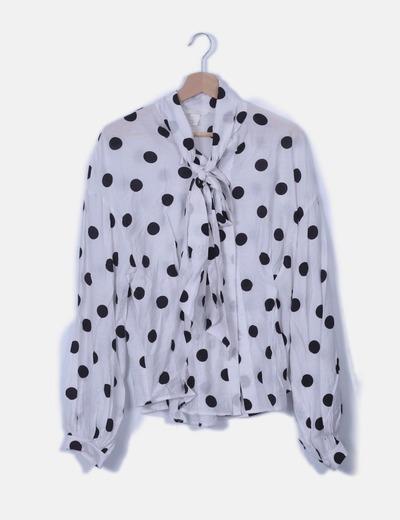 Camisa blanca topos negros con lazo