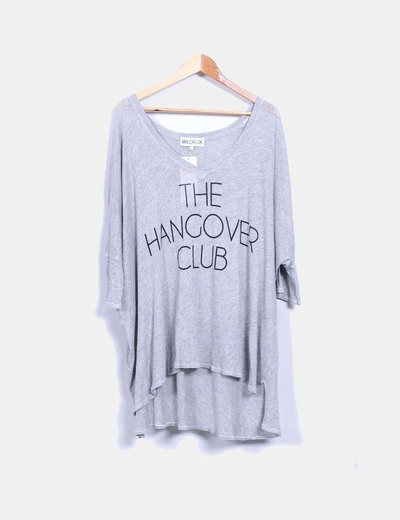 Camiseta oversize gris print the hangover club