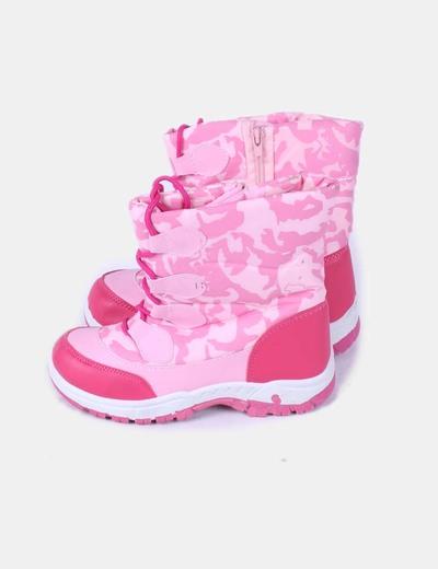 Botas rosas de nieve