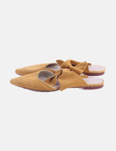 Zapato plano serraje