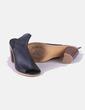 Zapato negro tacón con aberturas Tino González