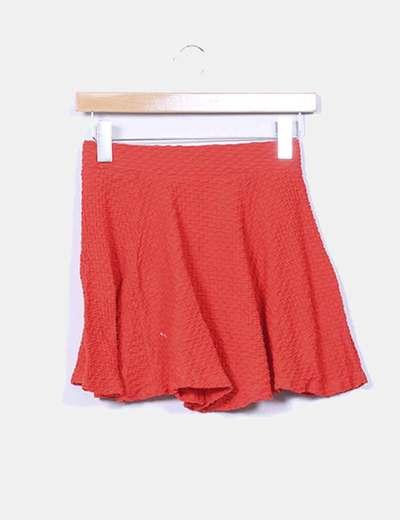 Mini falda roja texturizada evasé H&M