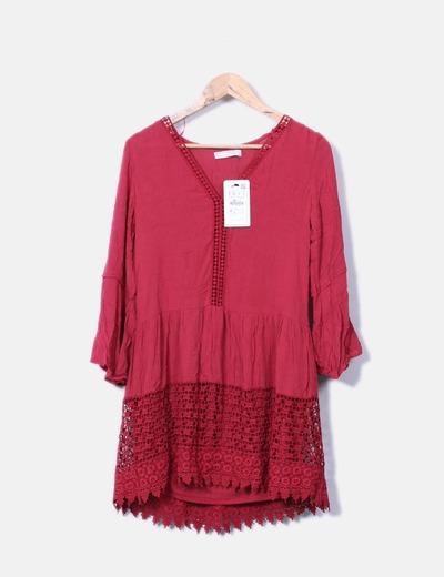Vestido rojo combinado crochet Pull&Bear