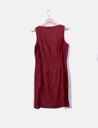 Vestido de lino rojo detalles metalicos