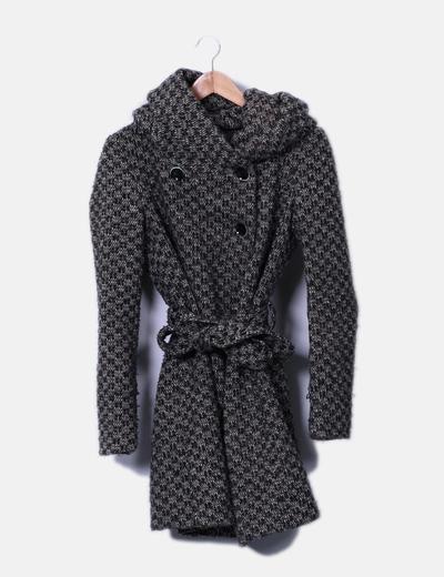 Zara Manteau avec chapeau et ceinture (réduction 75%) - Micolet 3aa182406e1a