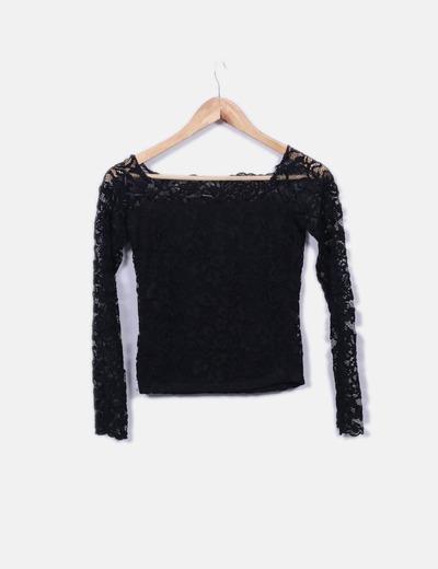 23a03b636739 Camiseta negra de encaje
