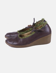 d6e328bb6691 zapato-marron-con-cuna-combinado.jpg