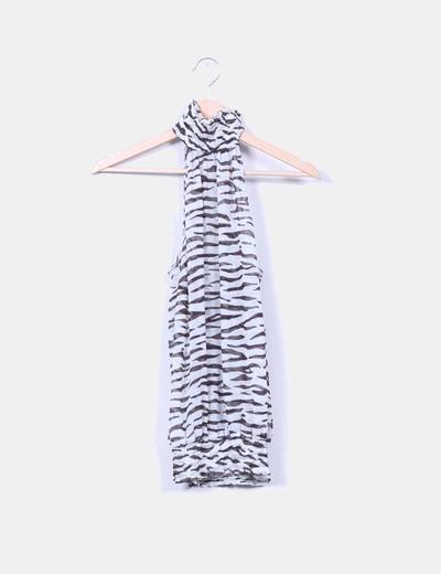 Blusa estampada cuello halter Zara