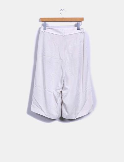 Pantalon culotte beige con cinturon
