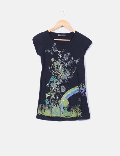 Camiseta nigra print variado Fashion House