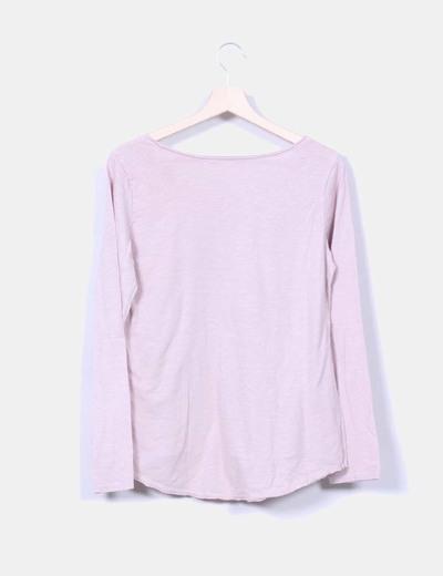 Camiseta rosa estampada detalle tachas