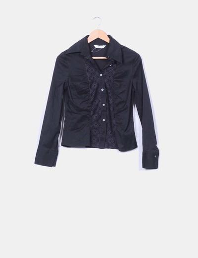 T-shirt noir à manches longues avec trous CeDosCE