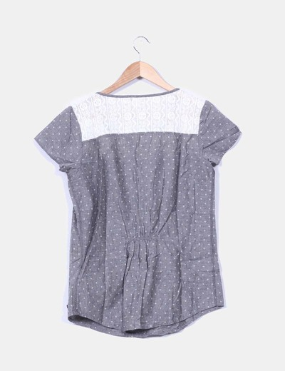 Camisa gris estampada crochet