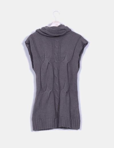 Vestido gris punto grueso de manga corta