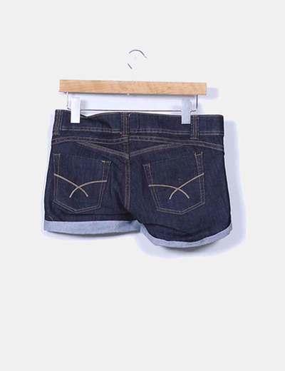 Shorts vaquero azul oscuro con dobladillo
