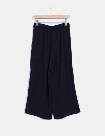 Pantalon culotte negro con lazada