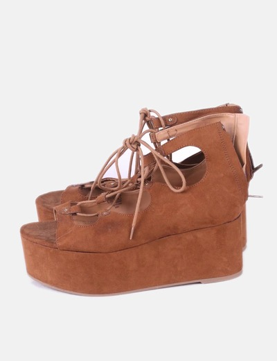Sandalias plataforma marrón lace up Pull&Bear