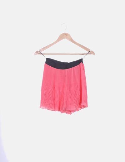Short plisado rosa