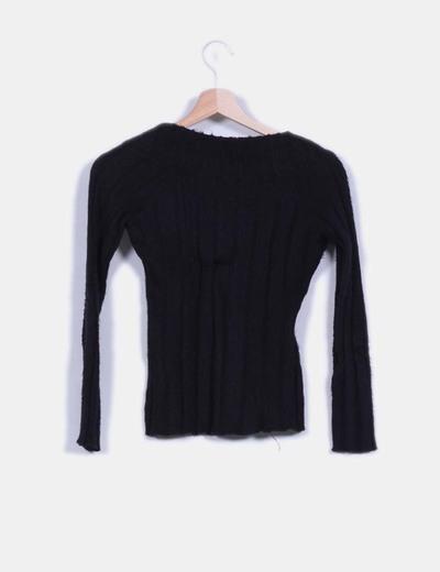 Jersey negro de pelo escote en pico