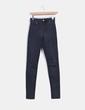 Pantalón denim negro tiro alto  H&M