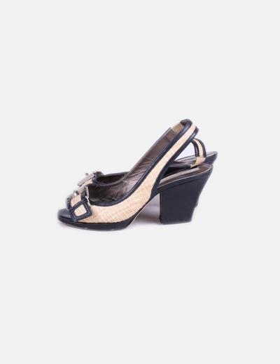 Sandales beiges avec motif boucle Pura López