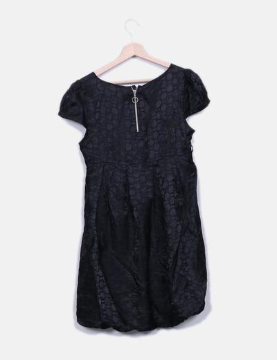 Vestido saten negro estampado