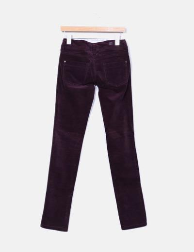 Pantalon pitillo terciopelo morado