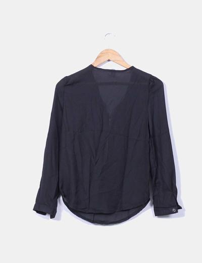 Blusa negra semitransparente cremallera