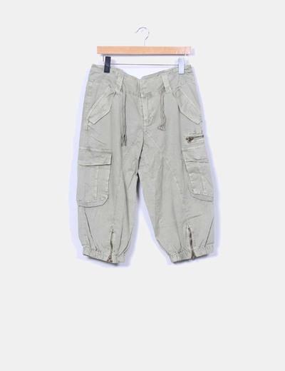 Pantalón pirata kaki Ichi