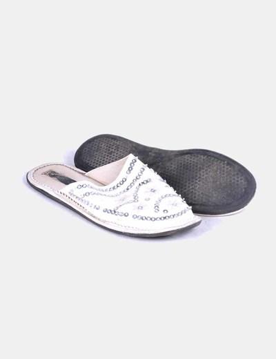 Zapato destalonado con paillettes