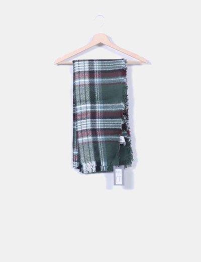 Bufanda verde desflecada Vero Moda