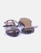 Sandalia negra con tachas Bibi Lou