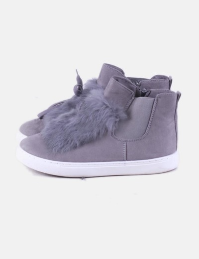 Zapatilla abotinada gris con pelo The Fame Monster