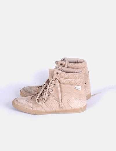 Sneakers camel detalles picados  Pull&Bear