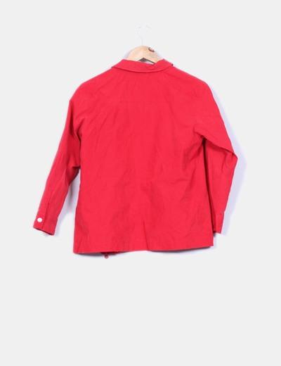 Chaqueta roja textura terciopelo