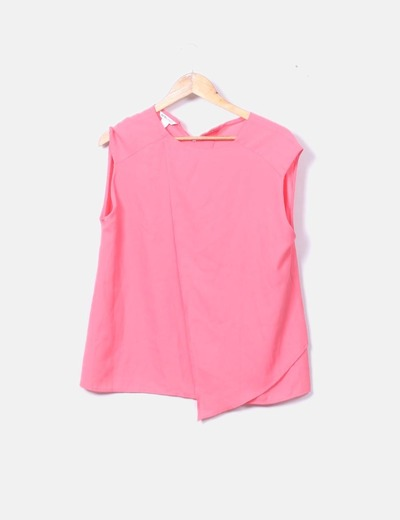 Blusa rosa asimétrica sin mangas
