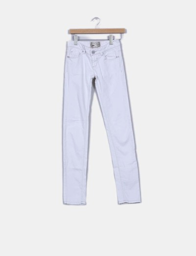 Pantalon pitillo blanco