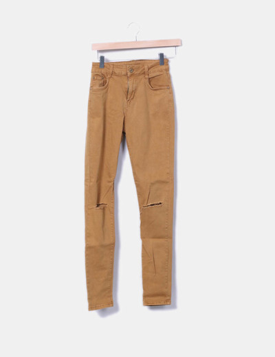 Jeans denim pitillo ocre