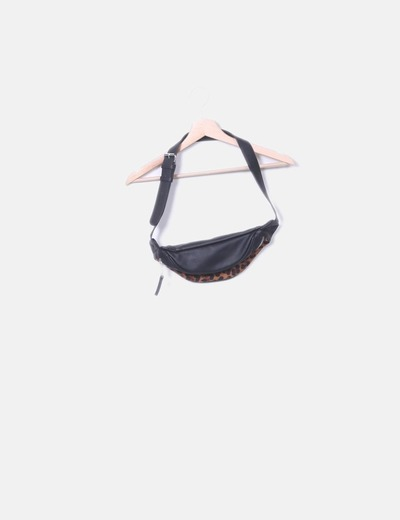 Stradivarius bum bag
