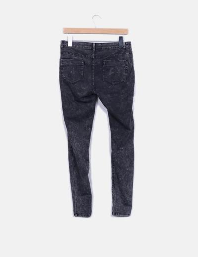 Jeans denim gris efecto desgastado
