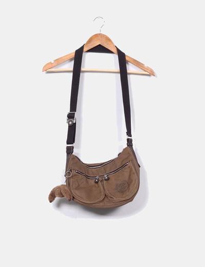 Bolso marrón con llavero Kipling