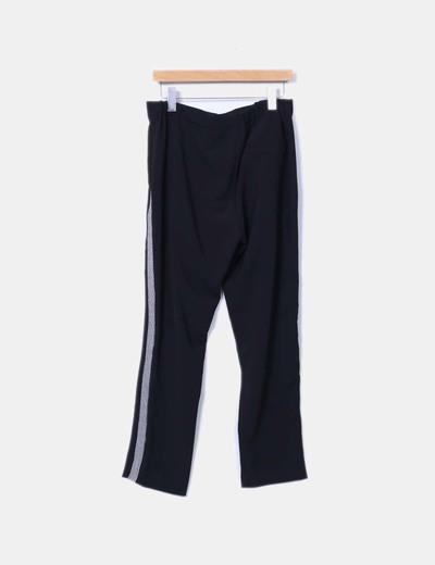 Pantalon recto con rayas blancas